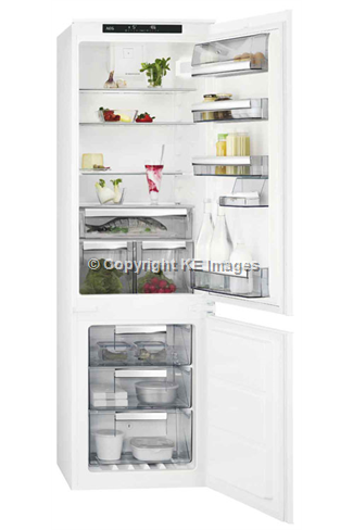 AEG SCS8181ETS Built-In Frost-Free Fridge Freezer